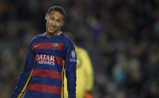 Barcelona: Neymar erró penal ante la Roma pero... (VIDEO)