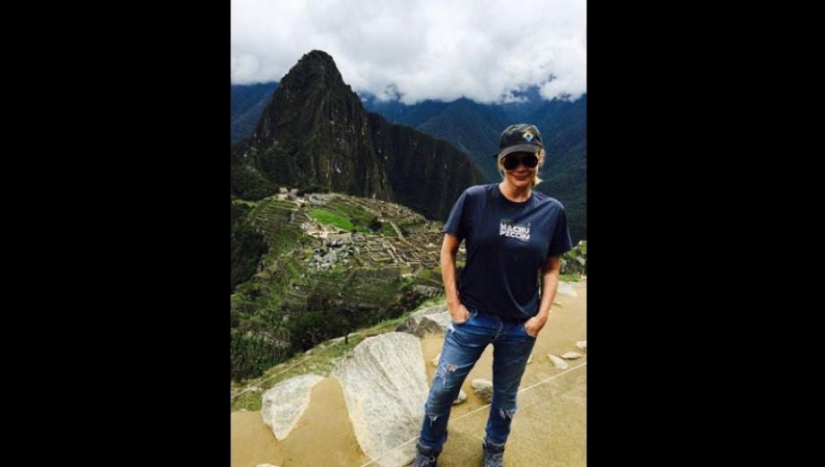 """""""The Walking Dead"""": actriz de la serie visitó Machu Picchu"""
