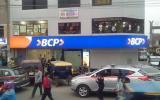 Comas: tres sujetos roban agencia bancaria de Av. Túpac Amaru