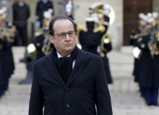 Francia promete destruir al Estado Islámico al recordar el 13-N