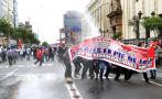 Siguen las protestas y enfrentamientos en la Av. Abancay