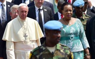 En su viaje más peligroso, el Papa pide no tener miedo al otro