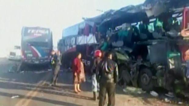 Ica: choque de dos ómnibus deja ocho muertos y 25 heridos