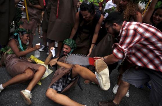 París: Más de 200 detenidos en manifestaciones antes de COP21