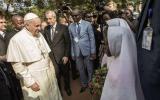 """El Papa se despide de África: """"Juntos debemos decir no al odio"""""""