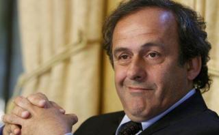 Platini: informe revela que UEFA conocía que cobraba de la FIFA