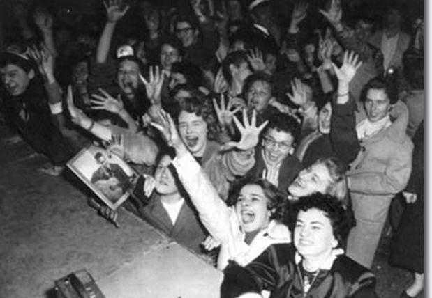 Fans de Frank Sinatra. (Foto: Tumblr)