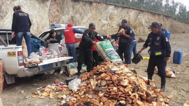 Andahuaylas: incineran panetones no aptos para el consumo