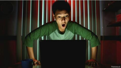 Al hacer clic en el link, el malware se activa bloqueando tu computadora. Luego aparece una ventana de diálogo pidiendo el rescate. (Foto: Thinkstock)