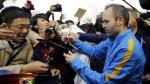Barcelona: autógrafos y delirio por los cracks en Japón [VIDEO] - Noticias de jet lag