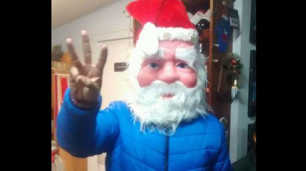 Fiel a su estilo el gobernador regional de Áncash, Waldo Ríos, posteó en su facebook una foto disfrazado de Papá Noel.  (Foto: Difusión)