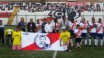 Jefferson Farfán se viste de edil en despedida de Aldo Olcese - Noticias de eduardo malasquez