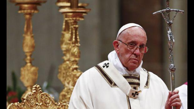 Papa Francisco criticó la sociedad de consumo en Misa de Gallo