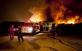 Bomberos atendieron 60 incendios en primeras horas de Navidad