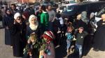 Siria: Evacuan 3 ciudades tras acuerdo entre régimen y rebeldes - Noticias de rami abdel rahman