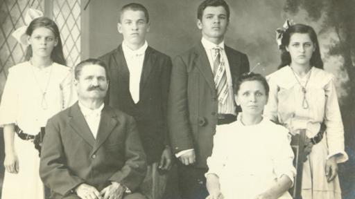 Los hacendados estaban dispuestos a pagarle a los trabajadores rusos hasta un tercio más del salario que le pagaban a los asiáticos.