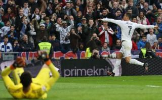 Cristiano Ronaldo marcó doblete con golazo de volea (VIDEO)