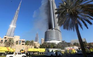 Dubái investiga las causas del incendio en hotel de lujo
