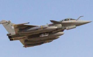 Francia destruye fábrica de armas del Estado Islámico en Siria