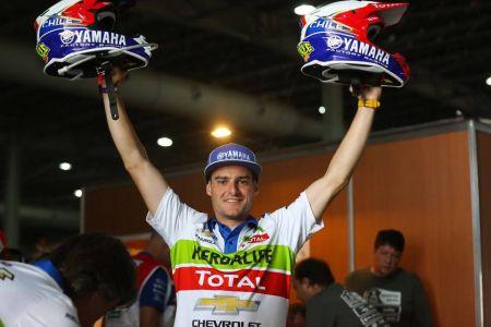 Loeb llevó al Peugeot 2008 DKR al primer lugar de la general. (Foto: DPPI)