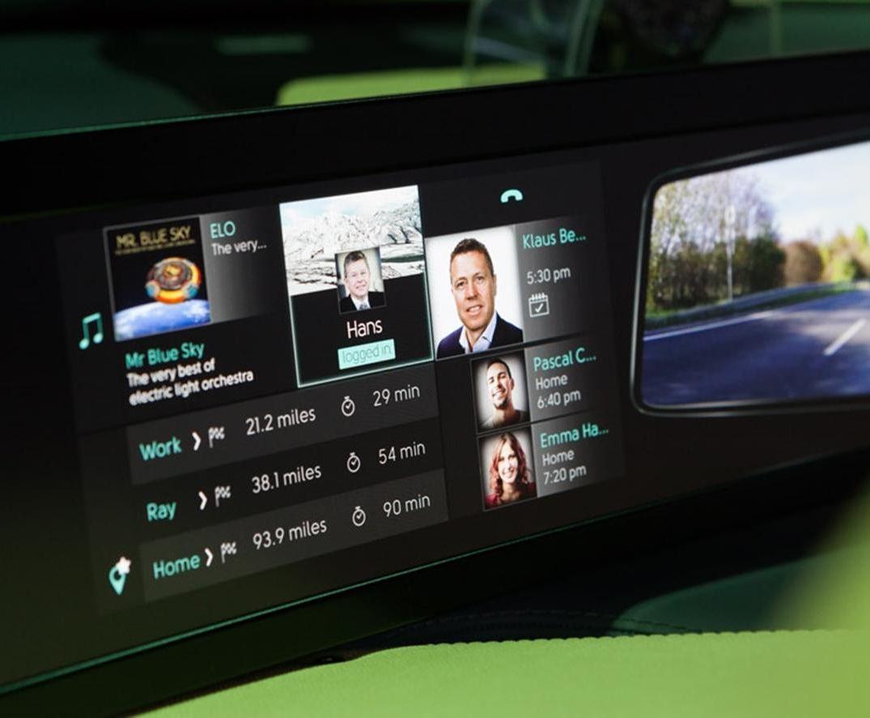 El prototipo lo completa una gran pantalla de alta resolución instalada en el tablero. (foto: difusión)