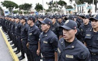 Otro maltrato a la policía, por Hugo Guerra