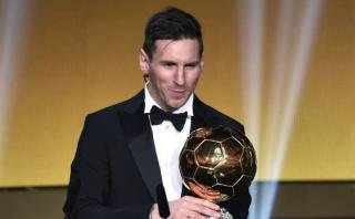 Estrellas del fútbol felicitan a Messi por quinto Balón de Oro