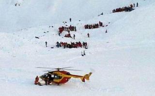 Avalancha en los Alpes sepulta a estudiantes: hay tres muertos