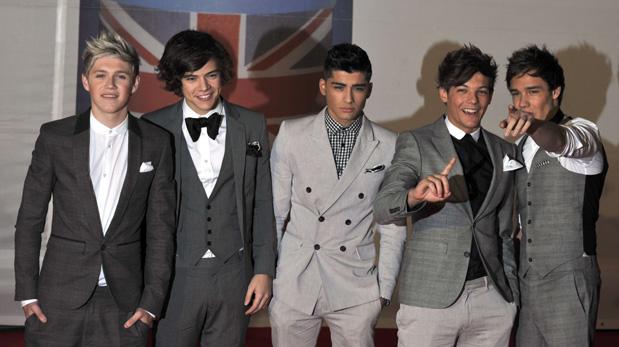 Niall Horan, Harry Styles , Zayn Malik, Liam Tomlinson y Liam Payne en los BRIT Awards del 2012. (Foto: AFP)