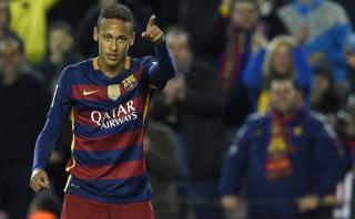 Neymar picó la pelota y puso el 2-0 para Barcelona [VIDEO]