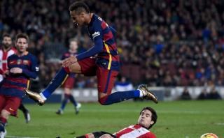 Neymar: pique endemoniado y asistencia de gol perfecta [VIDEO]