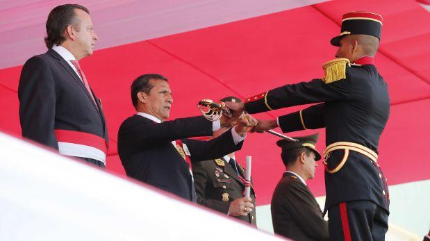 Humala compra armas como cancha, por Cecilia Valenzuela