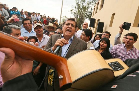 Alan García participó en actividades proselitistas en Arequipa