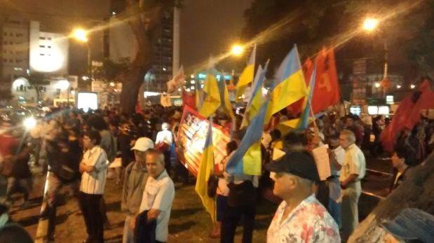 Cientos de personas marcharon contra el TPP en Lima