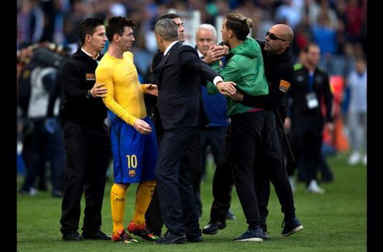 Lionel Messi y sus buenos gestos con hinchas [FOTOS]