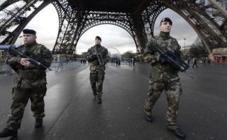 """Ministro del Interior francés: """"Evitamos 11 atentados en 2015"""""""