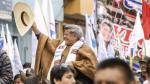César Acuña dice que es el candidato más transparente - Noticias de afiches