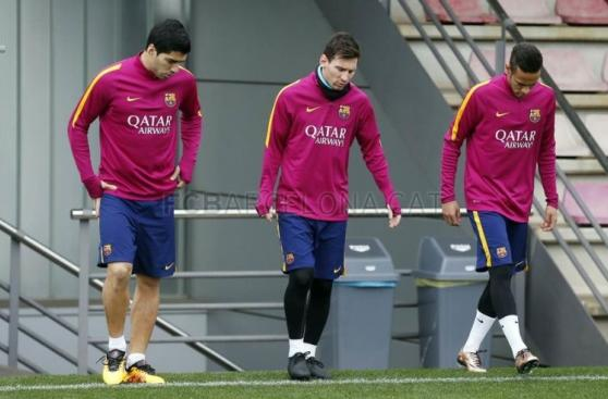 Neymar superó molestia muscular y entrenó con Barcelona [FOTOS]