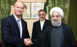 Irán acuerda comprar 118 Airbus por 25.000 millones de dólares