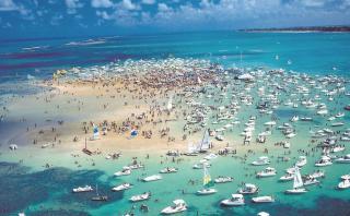 Areia Vermelha, la playa de Brasil que aparece y desaparece