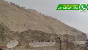 Fuertes enfrentamientos en la curva de Manchay (VIDEOS)