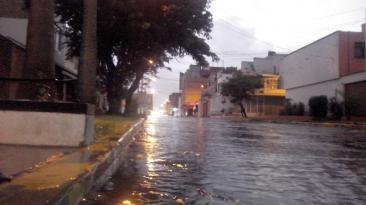 En Trujillo y Chimbote llovió más de 6 horas [FOTOS]