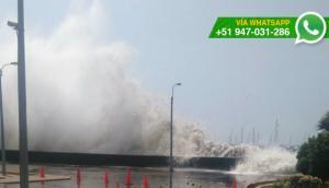 La Punta: registran fuertes oleajes en el malecón (VIDEO)