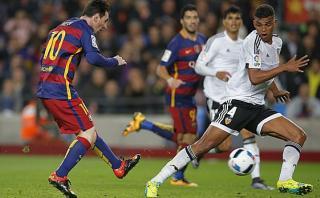 Barcelona: Lionel Messi marcó tras genial pase taco de Neymar