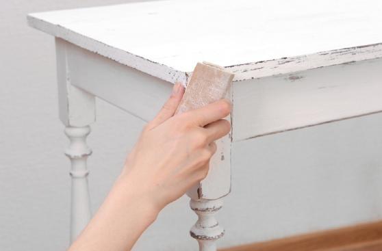 Pintar Mueble De Madera En Blanco Envejecido : C?mo pintar tus muebles de blanco envejecido hazlo tu