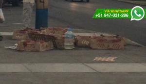 Abandonan decenas de pollos moribundos frente a local de la FPF