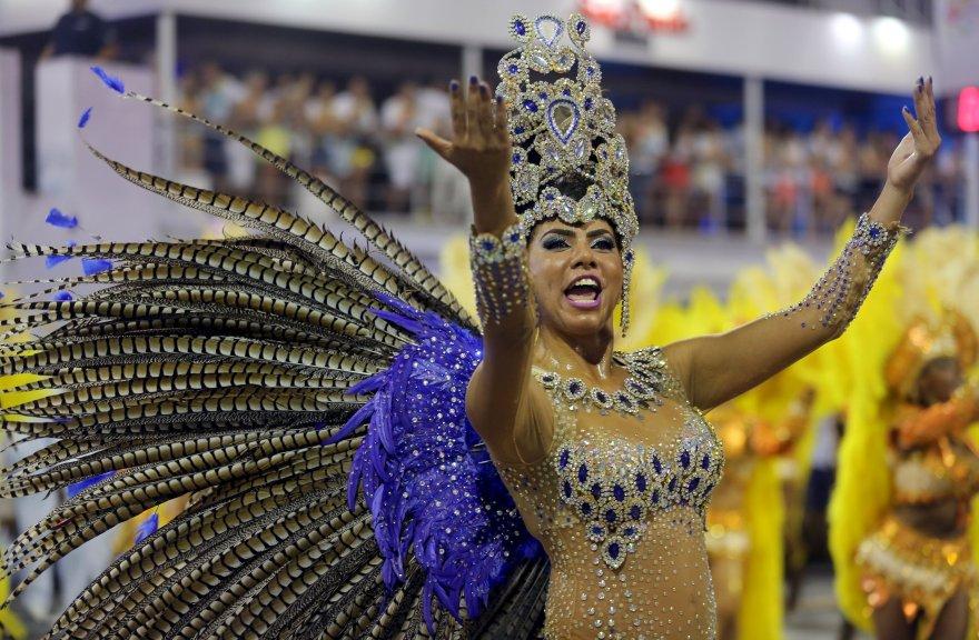 Las primeras postales del colorido carnaval de Río de Janeiro