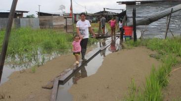 Lluvias inundan decenas de viviendas en Puerto Maldonado