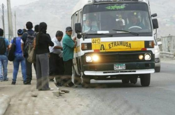 Transportistas que volvieron a Manchay deben más de S/3 mllns.