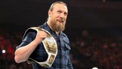 WWE: sigue todas las luchas en el Monday Night Raw
